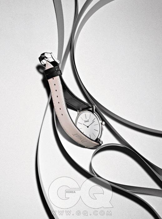간결한 디자인의 2.1밀리미터 초박형 시계 '알티플라노' 2천만원대, 피아제.