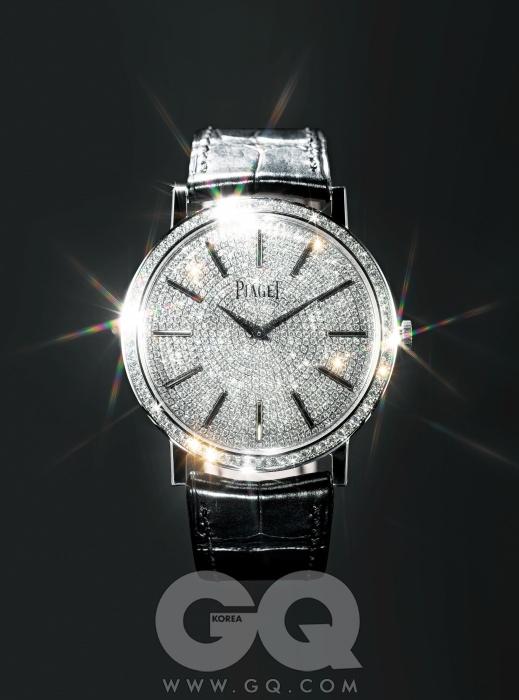 총 8백63개의 다이아몬드가 세팅된 시계 '알티플라노 페어 워치', 6천5백만원대, 피아제.