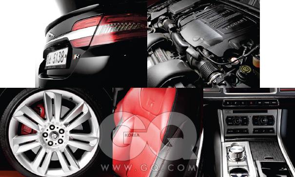 역시, XF R의 휠 안엔 빨간색 브레이크 캘리퍼가 들어 있다. 얼마나 빠른 속도로 달리든 붙잡아줄 테니 안심하라는 뜻. 트렁크 윗부분도 XF R 쪽이 살짝 올라가 있다.