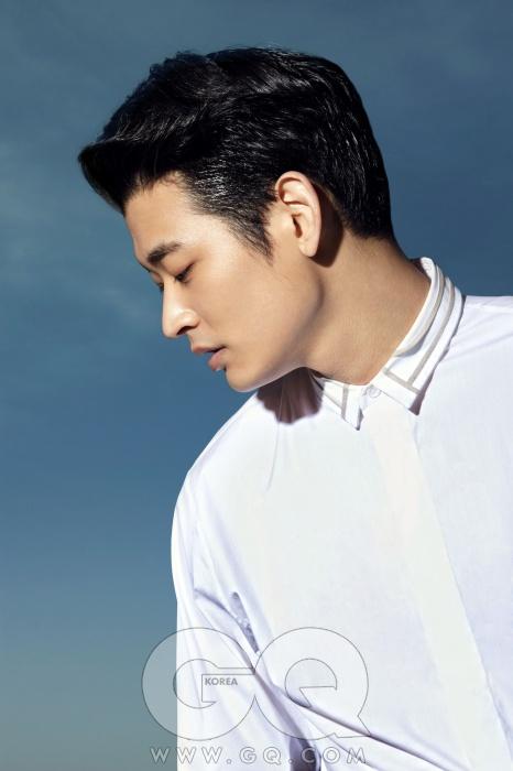 흰색 셔츠가격 미정,디올 옴므.