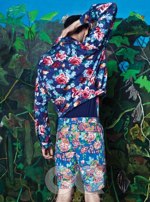 꽃무늬 재킷과티셔츠가격 미정,모두 우영미.꽃무늬 쇼츠39만원, PT01by란스미어.
