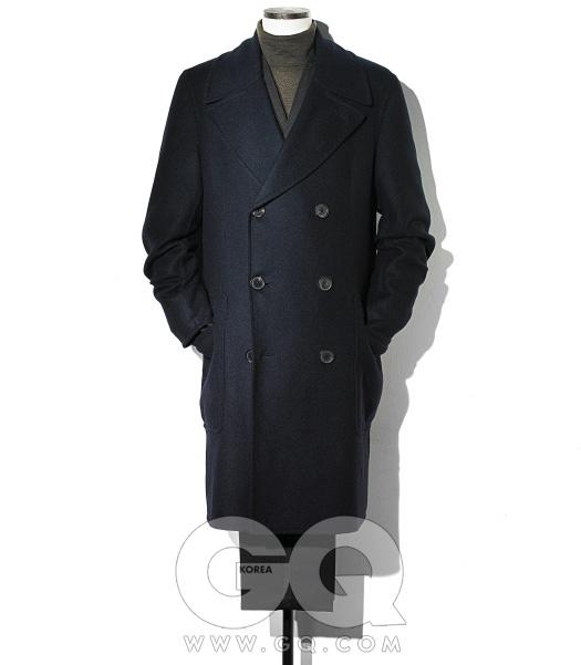 캐시미어 코트,검정색 턱시도,터틀넥 가격 미정,모두 에르메스.