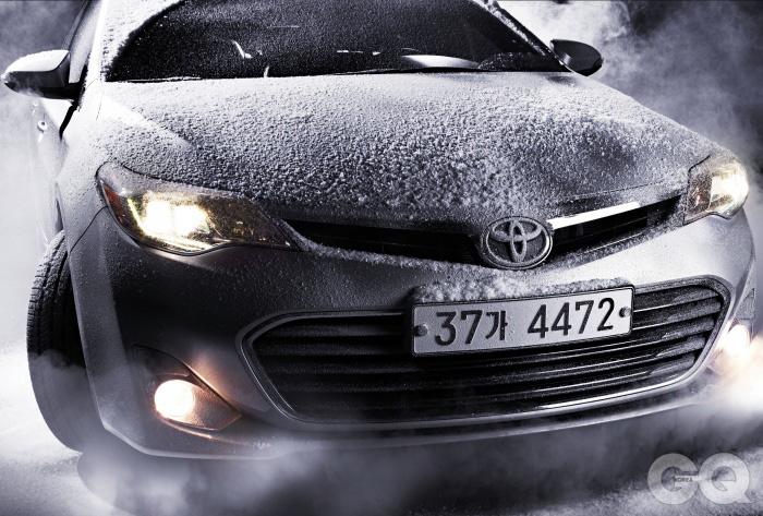 엔진 V6 3.5리터 가솔린최고출력 277마력최대토크 35.5kg.m공인연비 리터당 9.8킬로미터0->100km/h 4.6초가격 4천9백40만원