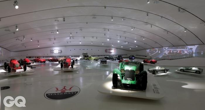엔초 페라리 박물관에 전시된 마세라티의 역사적인 자동차들. 모두 소개하지 못해 아쉬울 따름이다.