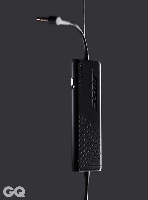 보스 QC20보스는 노이즈 캔슬링 기술의 원조다. QC20은 보스의 최첨단 기술을 담았다. 일단 불규칙한 소음이 발생하는 곳에서도 꽤 많은 소음을 지운다. 소음을 감지하는 다양한 프로세스를 탑재했기 때문이다. 노이즈 캔슬링 이어폰 중에선 특별한 적수가 없다. 다만노이즈 캔슬링 헤드폰과 비교한다면 헤드폰보다 비싼 가격 때문에 고민된다. 47만3천원.