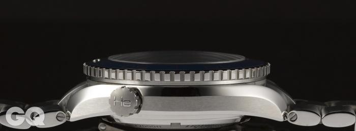 오메가 씨마스터 플래닛 오션 티타늄 46mm 헬륨 방출 밸브