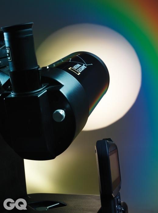내셔널지오그래픽 90/1250 GOTO막스토프 카세그레인식 방식으로 저렴한 반사 굴절식 망원경이다. 2.9킬로그램에 불과하고, 부피가 작다. 자동으로 별을 추적할 수 있는 고투GOTO 기능이 탑재 되어있다. 최저가 44만5천원.