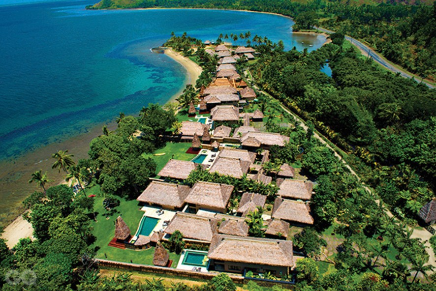 Nanuku_aerial of resort-ret 4