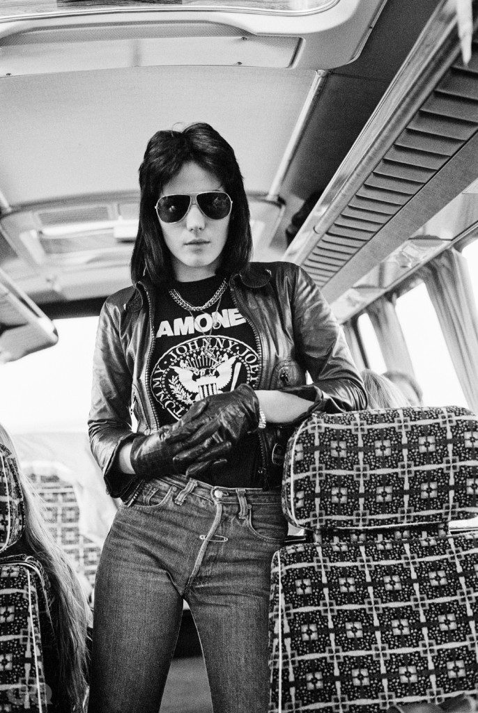 The_Runaways_Bus_33A01_17in_RGB-3300x5100