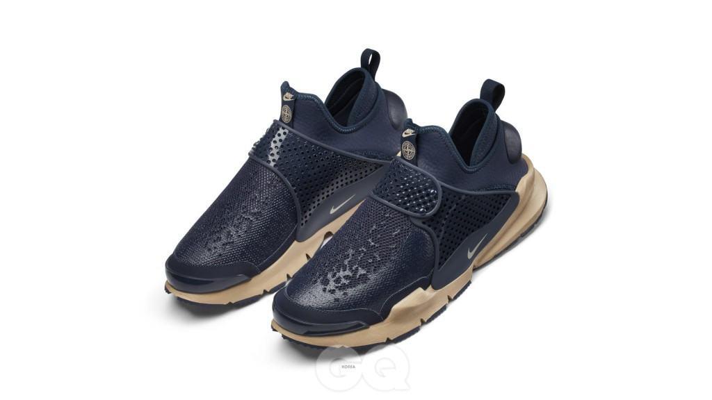 The_NikeLab_x_Stone_Island_Sock_Dart_Mid_9_hd_1600