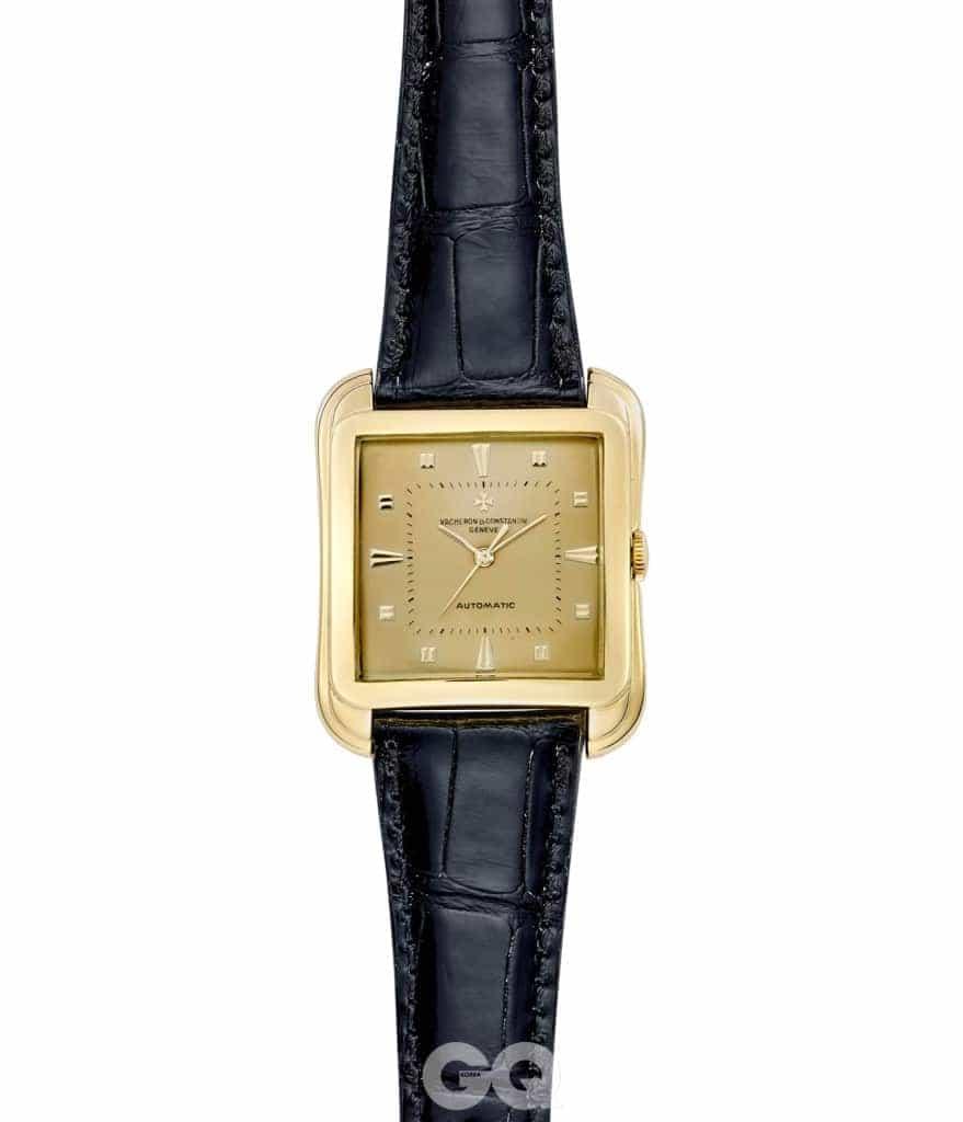 1957년에 선보인 18K 옐로 골드 소재 스퀘어 케이스 손목시계.