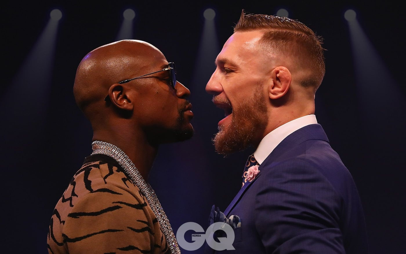 LONDON, ENGLAND - JULY 14:  Floyd Mayweather Jr. and Conor McGregor come face to face during the Floyd Mayweather Jr. v Conor McGregor World Press Tour at SSE Arena on July 14, 2017 in London, England.  (Photo by Matthew Lewis/Getty Images)