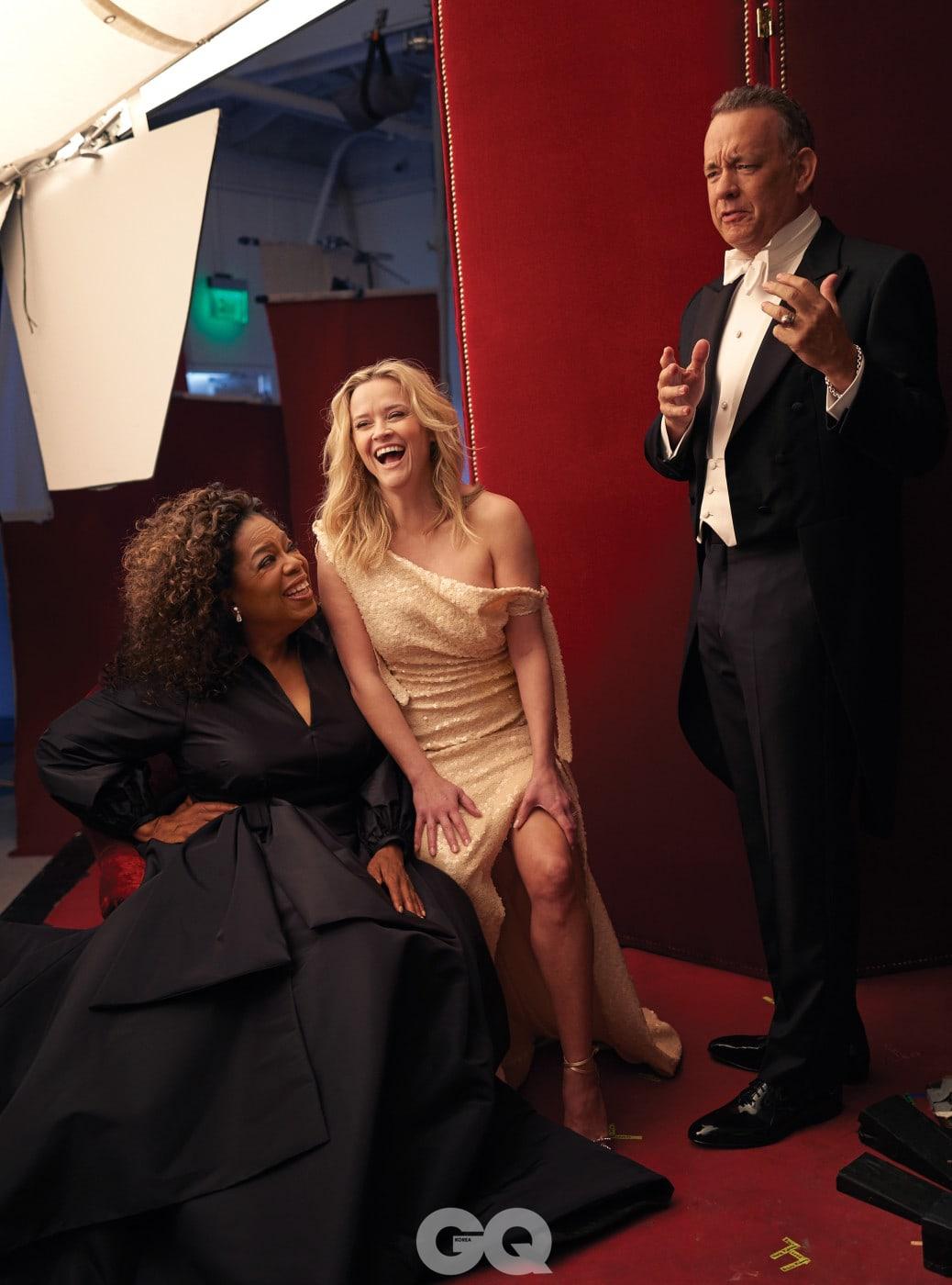 리즈 위더스푼의 드레스는 캘빈클라인, 구두는 아쿠아주라, 톰 행크스의 의상은 모두 랄프 로렌, 커프링크스는 스테픈 러셀.