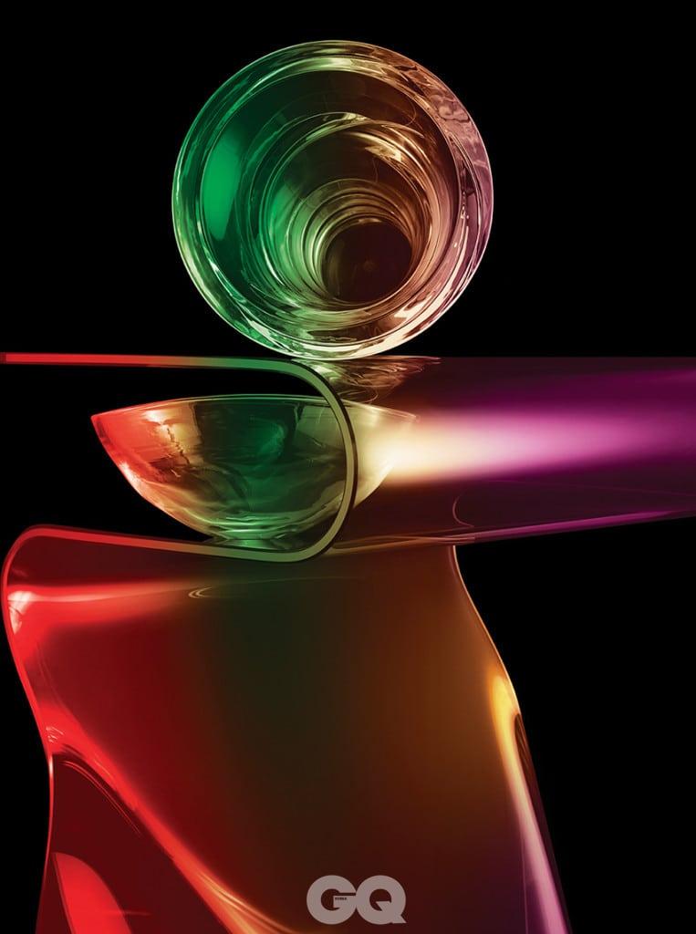 폭풍처럼 힘 있는 토르나도 베이스 380 5백65만원, 바카라. 연꽃잎처럼 나긋한  로터스 플라워 볼 33만원, 프레파 스튜디오 by 오르에르 아카이브. 곡선과 직선이 교차하는 피암 토키 사이드 테이블 2백30만원,  피암 by 도무스디자인.