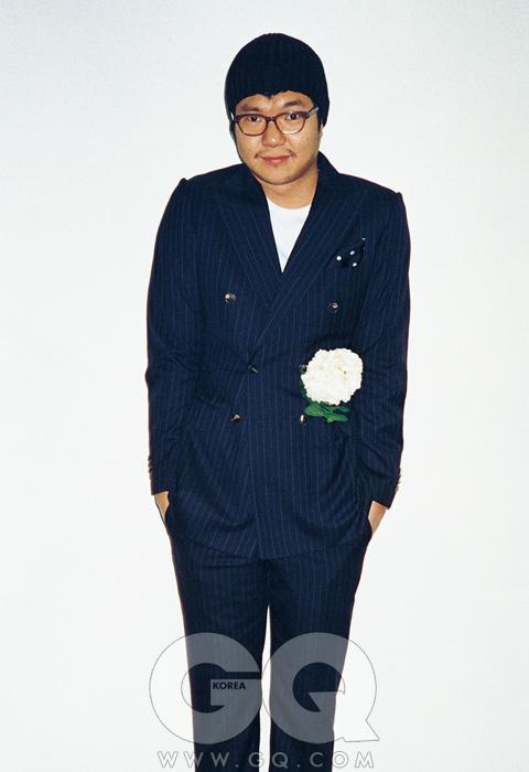 수트 란스미어. 구두 홍승완 스위트리벤지.