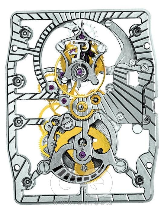 위부터 차례대로) 스켈레톤 버전의 스켈레톤 투르비옹 600P, 전체에 다이아몬드를 장식한 주얼 세팅 스켈레톤 투르비옹 600P. 기본 투르비옹 무브먼트인 600P.모두 3.5mm