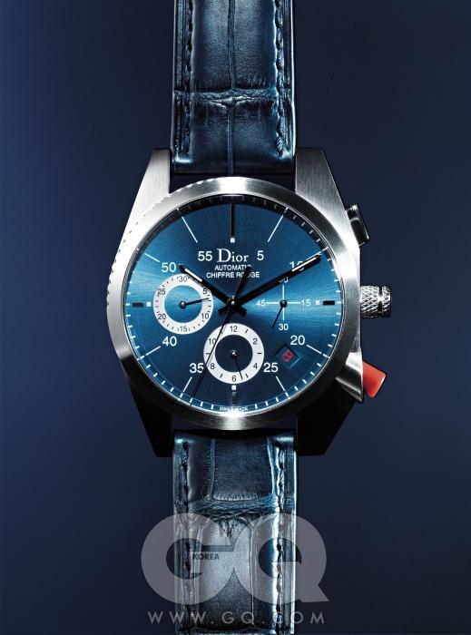 전 세계에 2백 개만 한정 판매되는 38mm 케이스 시계 쉬프르 루즈 A02 5백만원대, 디올 옴므.