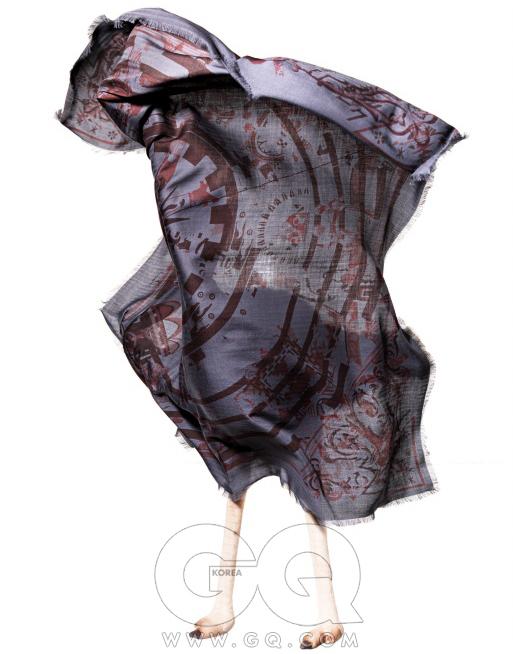 동심원 무늬 스카프 가격 미정, 에르메스.