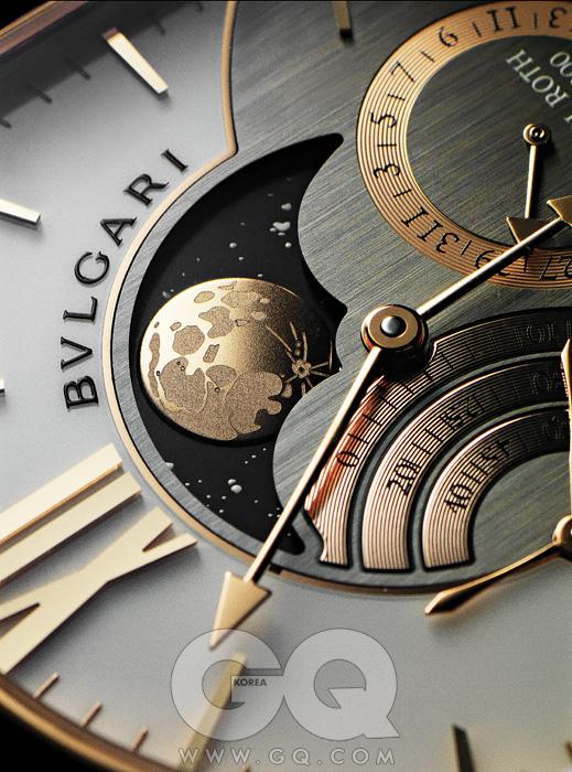 불가리 다니엘 로스그랑 루네이름만큼 큰 달을가졌다. 분화구도그렇고, 실제 보름달과참 닮았다. 실제공전주기와의 차이는단 57초. 126년 뒤에 한번만 새로 조정하면된다. 5천1백만원대.