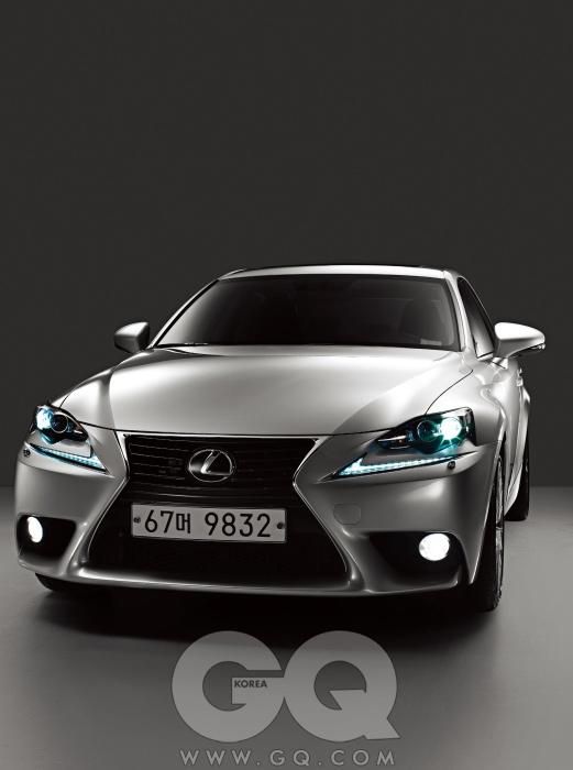 엔진 2,499cc V6 DOHC 가솔린최고출력 207마력최대토크 25.5kg.m공인연비 리터당 10.2킬로미터0->100km/h N/A가격 4천7백90만~5천5백30만원