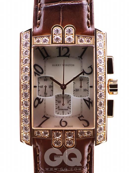 로즈 골드 케이스에다이아몬드가 세팅된에비뉴 C 크로노그래프8천만원대, 해리 윈스턴.
