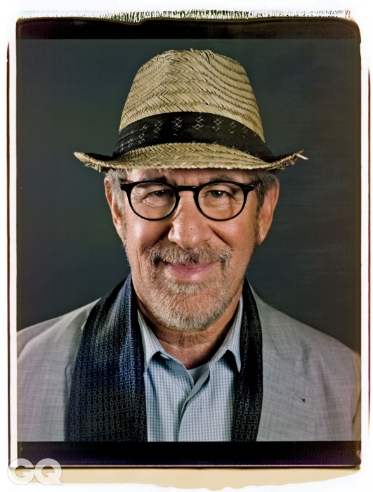스티븐 스필버그 (2011), (2012) 포함 영화 28편, 시나리오 3편, 아카데미 3회 수상, 어빙 G. 솔버그 기념 아카데미 1회 수상.