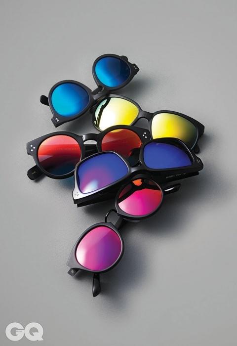 [Mirror Lens] 위부터) 29만원, A.D.S.R. by 커스텀. 13만8천원, 선포켓 by 커스텀. 35만원, 모스콧 by C샵. 68만5천원, 린다 패로우 by 한독. 29만원, A.D.S.R. by 커스텀.