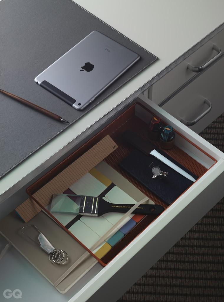 151204 GQ(office)_10301-1