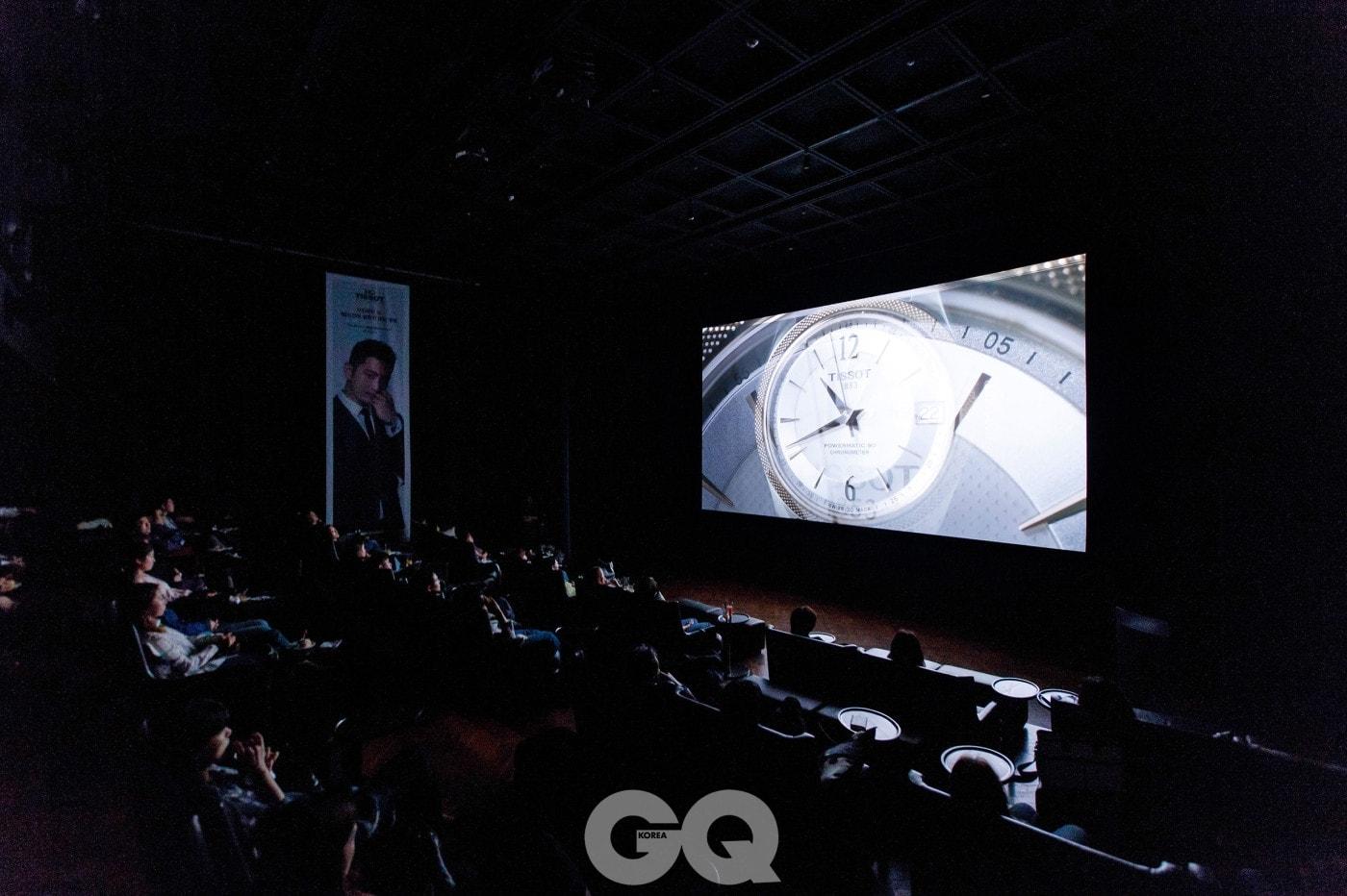오프닝 행사에는 현대 무용가 최수진, 헤어 디자이너 오민, CF 감독 장필의 열정이 담긴 80시간을 촬영한 필름이 상영되었다.
