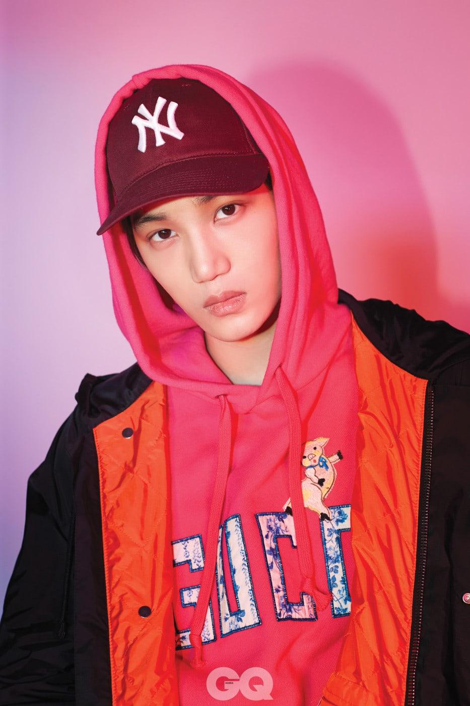 피글렛 스웨트 셔츠 1백70만원, 패치 장식 나일론 재킷 3백10만원, 뉴욕 양키스 야구 모자 71만원, 모두 구찌.